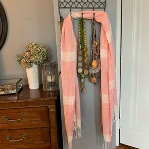 Accessories - Scarf Pink And White Striped With Fringe